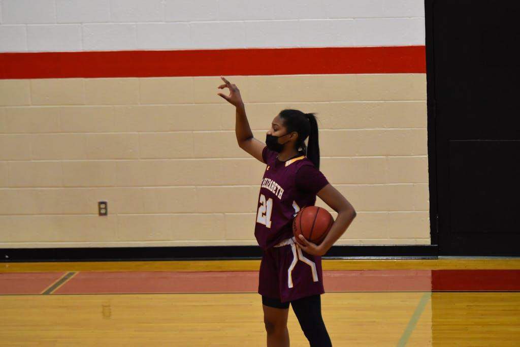 Naia Pulliam St Elizabeths Basketball scores a game high 16pts