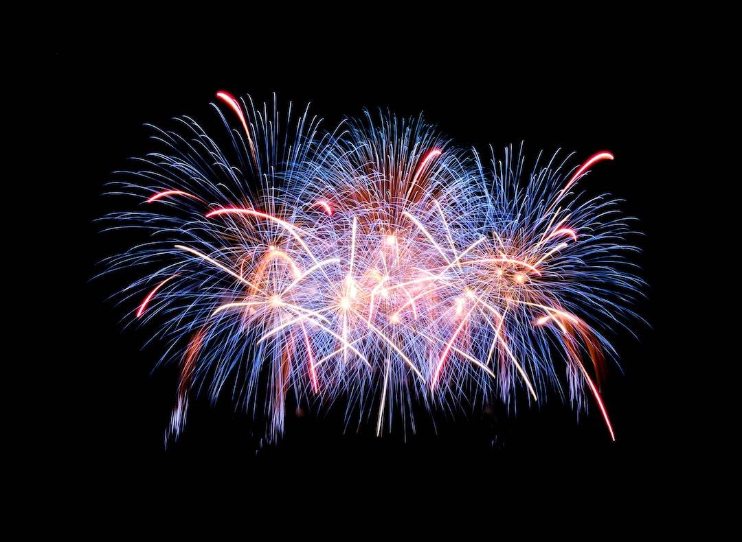 fireworks in the sky ((Photo byJingda ChenonUnsplash)